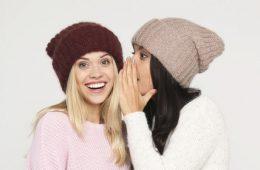 Как купить головные уборы оптом для своего магазина?