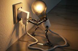 Россиянам посулили обязательную проверку электропроводки за 10 000 рублей