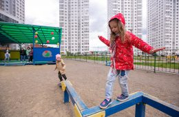Кабмин выделит еще 62 млрд рублей для выплат на детей от 3 до 7 лет