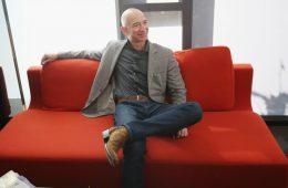 Джефф Безос уйдет с поста главы Amazon