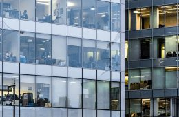 В Минэке не согласились с оценками аппарата Титова о риске закрытия почти 10% бизнеса