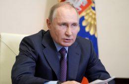 Путин планирует обсудить с Меркель и Макроном обострение на Донбассе