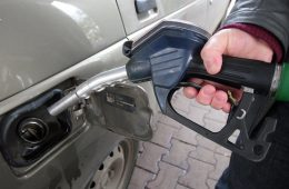 Цены на бензин в России рекордно взлетели